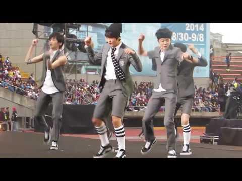 NCT Dream danced EXO's song