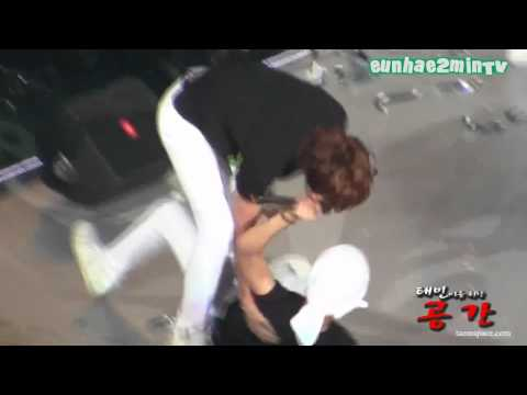 2MIN moment #111 [Aggresive Minho wishes a hug from Taemin]