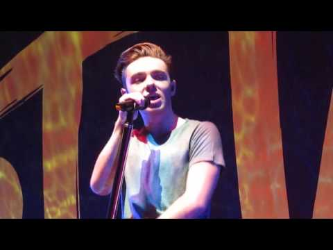 Nathan Sykes - Give It Up LIVE