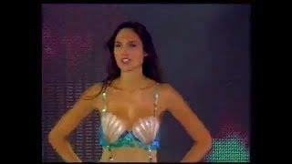 Gal Gadot ( Wonder Women ) Sings The Opening of Mermaid Melody (in Hebrew!)
