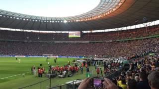 Pfiffe gegen Helene Fischer beim DFB Pokalfinale Zwischen Borussia Dortmund vs Eintracht Frankfurt