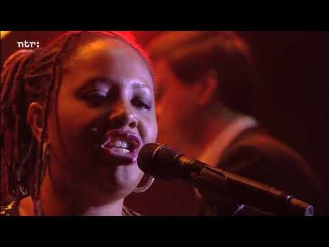 The Robert Glasper Experiment & Lalah Hathaway - Jesus Children (Live NSJ 2014)