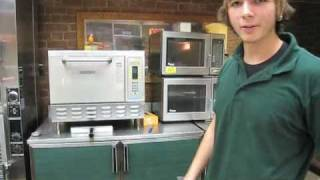 "The Worlds Greatest Subway Sandwich Artist Shows How To ""Make It Snow"" On Your Sandwich"