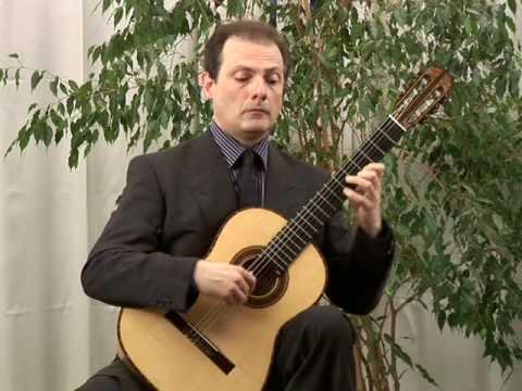 Stefano Grondona plays M. M. Ponce: Estrellita
