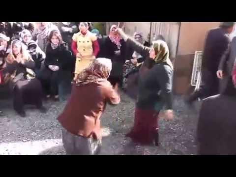Teyzelerden Yatcaz Kalkcaz dansı