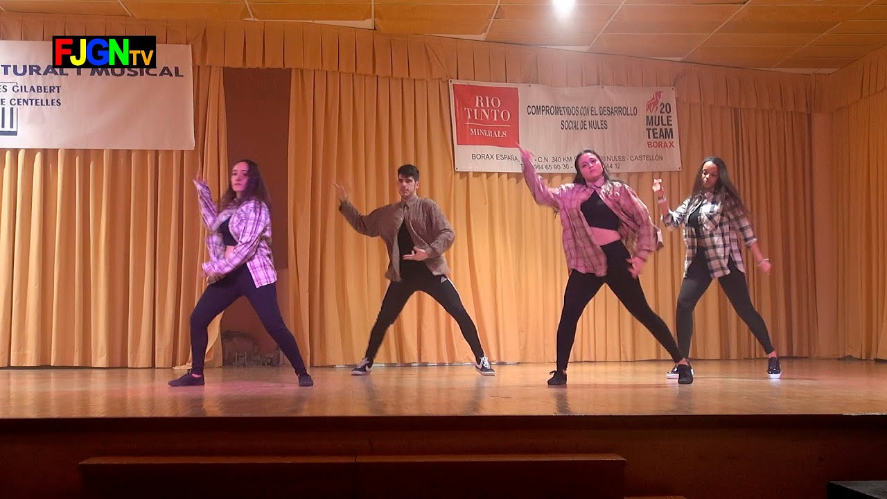 09. Moment's Girls & Angel - Bailes Educacion Fisica 2016 IES Nules