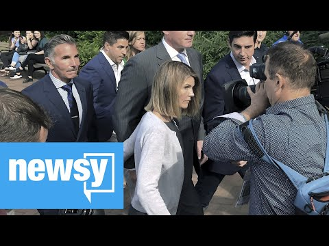 Lori Loughlin And Husband To Plead Guilty In Admissions Scandal