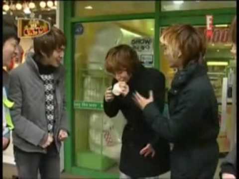 Taemin drinking banana milk / cute!