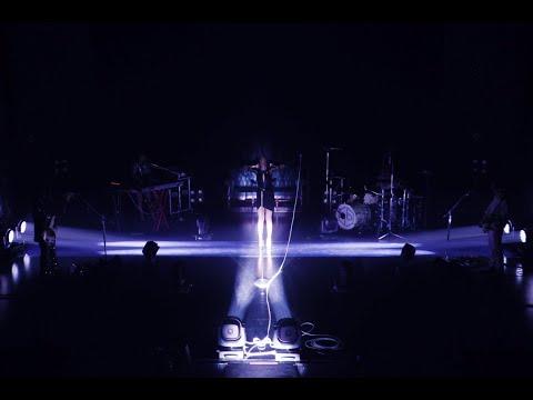 女王蜂 『Q / 十』Official Live Clip