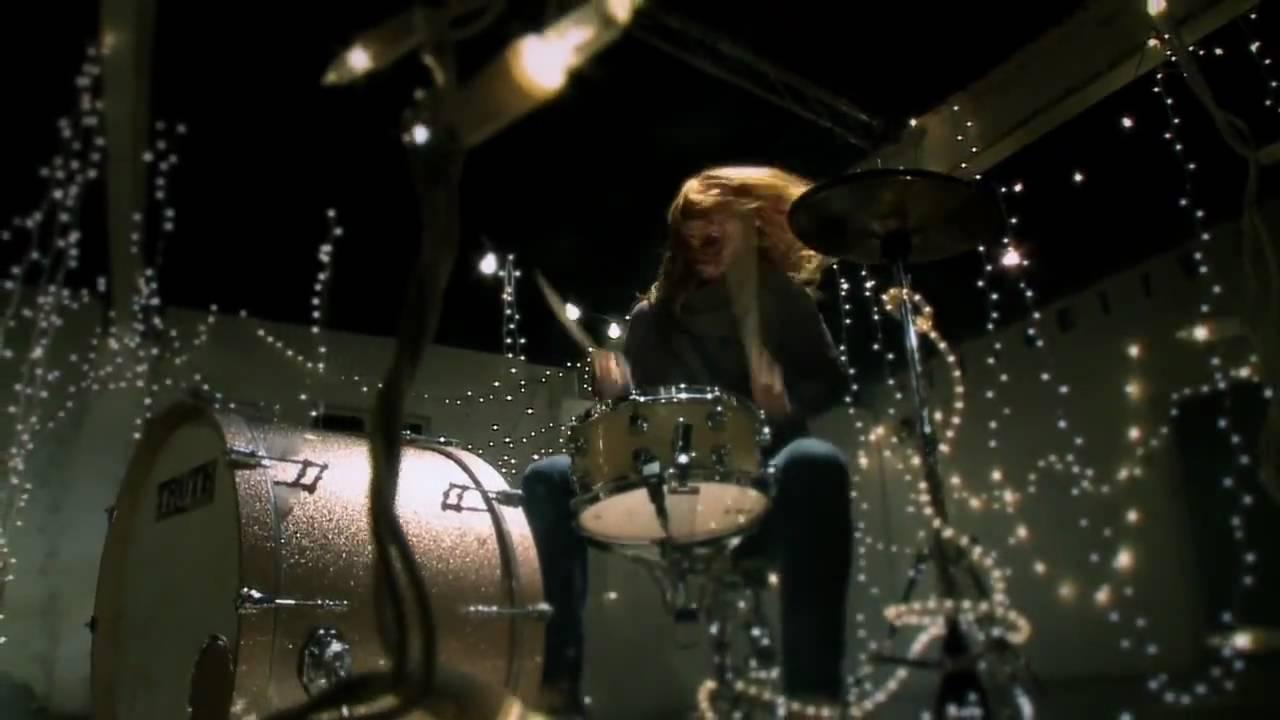 The Almost – Little Drummer Boy
