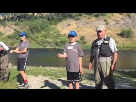 Yvon Chouinard teaches Crow Indian students to fly fish