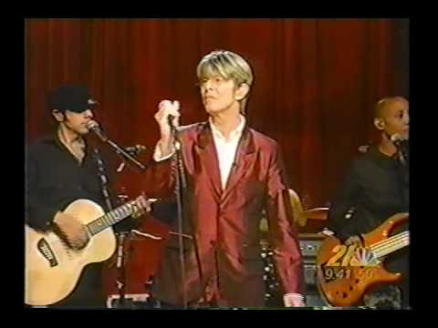 David Bowie - Everyone Says Hi / Changes (Live) - YouTube