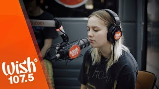 """Carlie Hanson performs """"Back In My Arms"""" LIVE on Wish 107.5 Bus"""