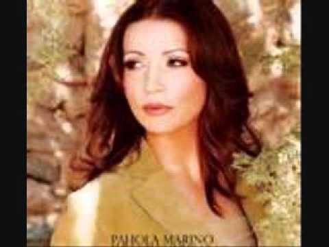 Pahola Marino ( Vaso en tu mano )