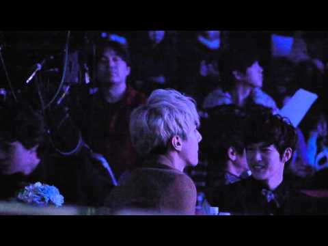 130131 Seoul Music Award Electric Shock - EXO focus