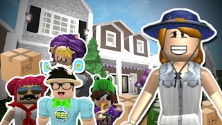 BLOXBURG MOTHER OF 4 KIDS! WE MOVED OUT AGAIN?!? (Roblox Roleplay)