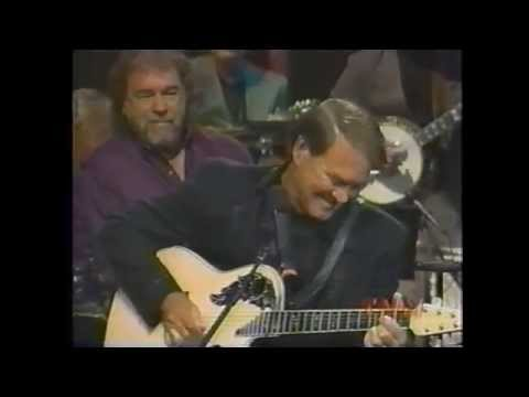 Glen Campbell - Gentle on My Mind (terrific guitar break)