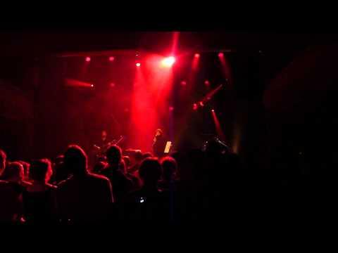 Mélanie Pain - La Cigarette live @ Prague 11.10.