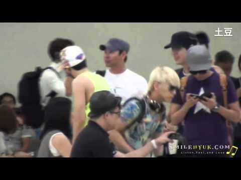 [Fancam] 120806 Super Junior @ Gimpo Airport (Eunhyuk focus)