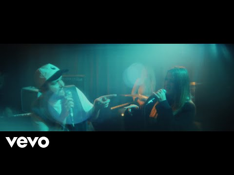 Quinn XCII, Chelsea Cutler - Stay Next To Me