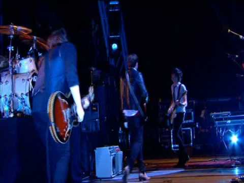 Kings Of Leon - Glastonbury 2008 - 08 - Slow Night, So Long