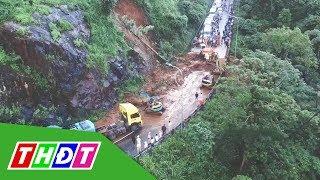 Dòng xe ách tắc 20 km vì đèo Bảo Lộc sạt lở | THDT