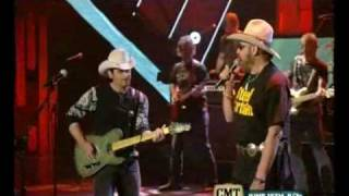 "Brad Paisley & Hank Williams Jr. ~  ""I´m Still A Guy"""