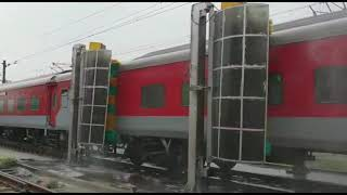 Automatic Coach Washing at Nizamuddin Railway Station in Delhi | Indian Railways| News Station