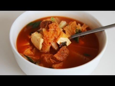kimchi soup (kimchiguk: 김치국)