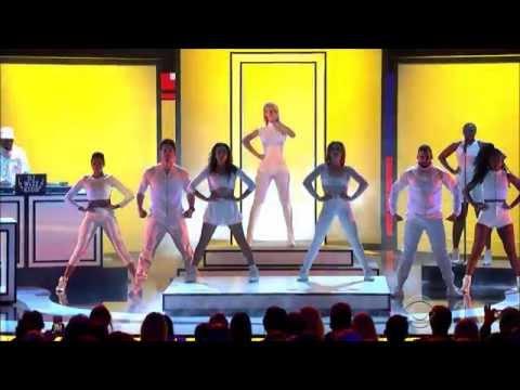 Iggy Azalea   Beg For It   Peoples Choice Awards 2015