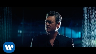 blake-shelton-every-time-i-hear-that-song-official-music-video.jpg