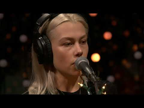 Phoebe Bridgers - Motion Sickness (Live on KEXP)