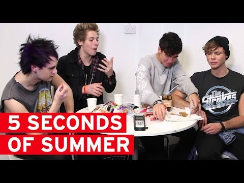 5 Seconds of Summer try English food for the first time