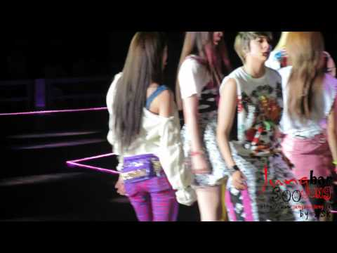 [fancam] 120623 f(x) Krystal - Hot Summer + Pinocchio + Electric Shock @ Music Bank in HK by SSK