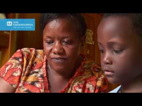 SOS moeder Margaret - SOS kinderdorp Entebbe, Oeganda