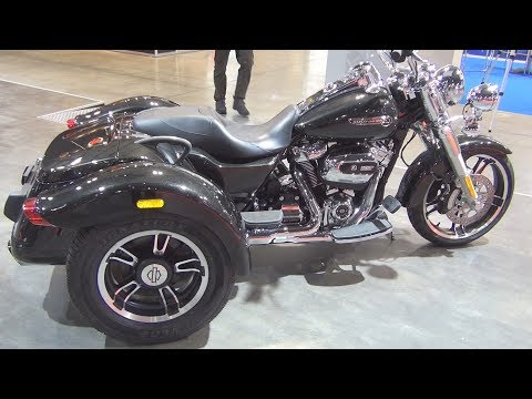 @HarleyDavidson #Trike Freewheeler FLRT (2017) Exterior and Interior in 3D