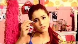 Ariana Grande vs Miley Cyrus