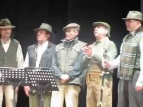 Coro de la Hermandad los Dolores de Priego. Villancico Duermete, mi bien.