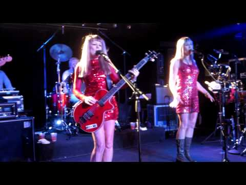 Baixar Tom Tom Club - Genius of Love (Live in Riverside--2012)