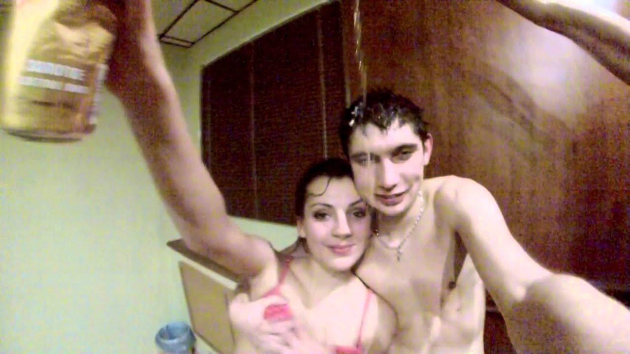 Смотреть скрытая видеокамера в женском уличном туалете вот