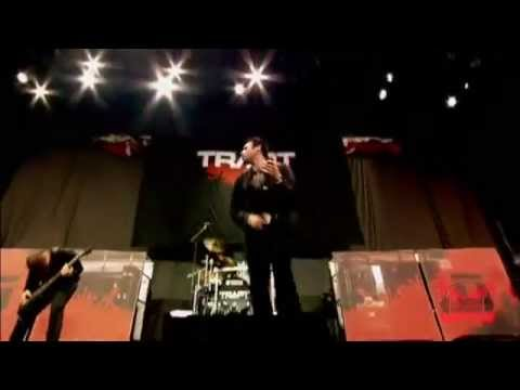 Trapt - Headstrong (Live - Crue Fest)