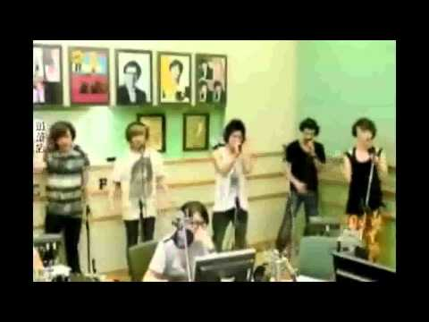 {compilation} SHINee & thier mic troubles