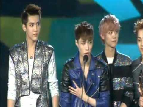EXO M - 130414 13th Music Awards - Winning 2012 Most Popular Group