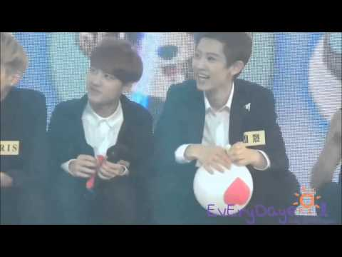 [EXO FUNNY MOMENT] Kris Startled of D.O Balloon @ China Love Big Concert