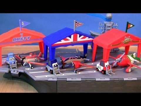 3 Disney Planes Pit Row Gift Pack Dusty Crophopper Dottie, El Chupacabra Pitty, Bulldog Pitty Cars - Smashpipe Entertainment Video