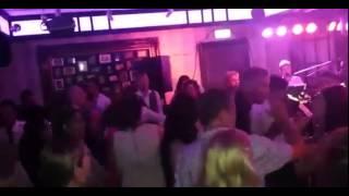 Bekijk video 6 van Shuffle op YouTube