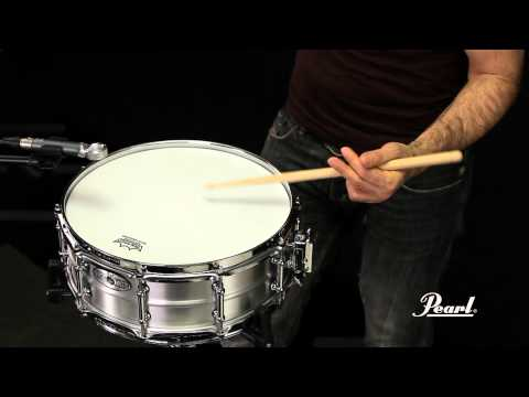 Pearl Sensitone Elite Seamless Aluminium 14x5 Snare Drum STA1450AL | Buy at Footesmusic