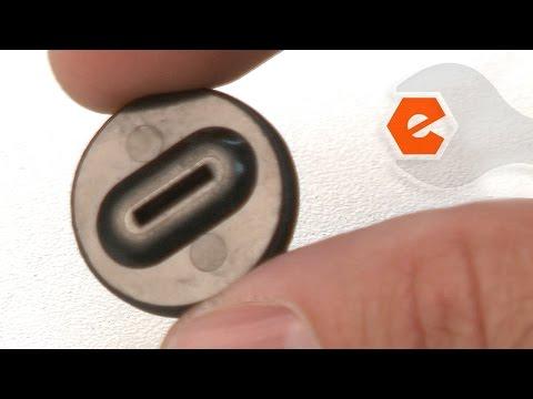 Chop Saw Repair - Replacing the Motor Brush Caps (DeWALT Part # 622441-00)
