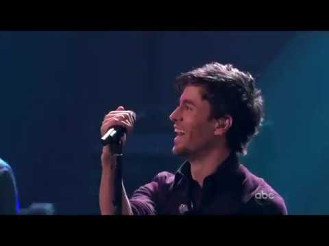 Enrique Iglesias - Tonight / I Like It (Live at the AMA's 2010)