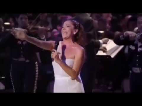 Así Fue  Mis 40 Años En Bellas Artes Juan Gabriel & Isabel Pantoja